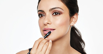 Discover new ways to use Mary Kay Brushes in your Beauty Brush Up.